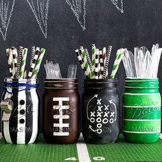 Football Party Mason Jar Mug. Football party ideas with mason jars. Super Bowl party ideas using mason jars. Football Banquet, Football Themes, Football Party Decorations, Football Centerpieces, Football Crafts, Football Themed Parties, Football Awards, Graduation Centerpiece, Food Decorations