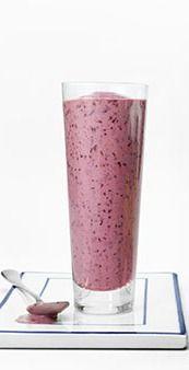 Summer power smoothie - Blueberries, Strawberries, Banana, Greek Yogurt, Flaxseed