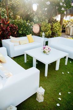Modern wedding cocktail lounge idea - outdoor cocktail lounge with white furniture + yellow pillows  {Chris J Evans Photography}