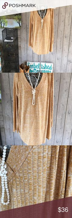💕😊💕host pick 💕 Marble ribbed knit mustard top Cute v-neck marble knit top mustard and cream marble like rayon and poly blend. Fits true with give. Made in USA boutique. With our tags attached. Tops Tees - Long Sleeve