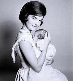 1961-01-03: Jackie and John Jr., photographed by Richard Avedon at West Palm Beach.