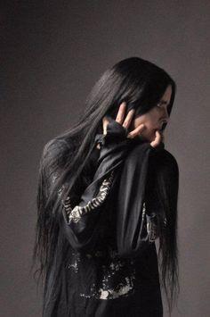 goth guy | Tumblr Dark Beauty, Goth Beauty, Gothic Men, Gothic People, Gothic Horror, Goth Guys, Super Hair, Metalhead, Cybergoth