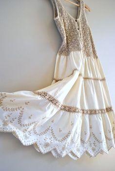 crochet dress // oats and honey crochet and cotton // vintage boho dress Crochet Fabric, Crochet Blouse, Crochet Lace, Cotton Crochet, 70s Fashion, Fashion 2020, Vintage Fashion, Vintage Style, Crochet Fashion