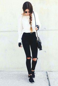 Blusa branca + Calça jeans preta ❤