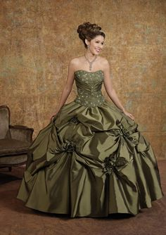 Quinceañera Ball Dress Beaded Applique Dress Designer Style