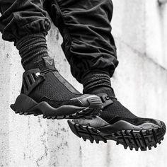 "lightresist:"" Adidas Originals x White Mountaineering / Seeulater Alledo"" Sneakers Mode, Sneakers Fashion, Fashion Shoes, Mens Fashion, Men Sneakers, Me Too Shoes, Men's Shoes, Shoe Boots, Shoes Men"
