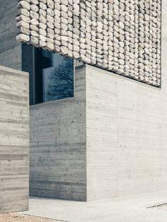 stefano pujatti reinterprets heritage buildings of northern italy with STONED – 2019 - Architecture Decor Architecture Résidentielle, Futuristic Architecture, Amazing Architecture, Contemporary Architecture, Facade Design, Exterior Design, Interior And Exterior, House Design, Blitz Design