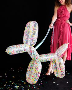 DIY Giant Confetti Balloon Dog, perfect for a party for both kids and grown-ups Balloon Dog, Balloon Animals, Ideias Diy, Mason Jar Diy, Jar Crafts, Balloon Decorations, Diy Tutorial, Party Planning, Party Time