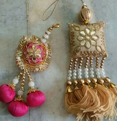 Tie it up: Unique Lehenga Tassels That Add Oomph! Diy Tassel, Tassel Jewelry, Fabric Jewelry, Beaded Embroidery, Hand Embroidery, Handmade Rakhi Designs, Saree Tassels Designs, Hippie Chic, Thread Jewellery