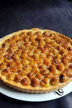 best Ideas for fruit tart pie summer desserts London Fish And Chips, Best Fish And Chips, Plum Tart, Fruit Tart, Chicken Soup Recipes, Sweet Tarts, Tart Recipes, Vegetarian Cooking, Summer Desserts