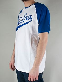 NEW ERA CAPS SS RAGLAN TEE T-shirt Manica Corta - white € 30,00 - See more at: http://www.moveshop.it/ecommerce/index.php/it/articolo/51080/9674/SS%20RAGLAN%20TEE#sthash.5iQDFBz0.dpuf
