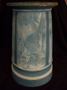 "VINTAGE EXPERIMENTAL WELLER POTTERY RARE ""CLAYWOOD BLUE"" PEDESTAL WITH FISH MOTIf http://www.morninggloryantiquescollect.com/"