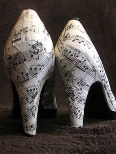 Sole music court shoe UK size 3 by lindsaydale on Etsy, $65.00. I will so wear these when I'm in college.