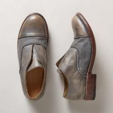 Classic styling and thoughtful design make these canvas and leather garden shoes functional all-year footwear.