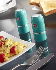 Shake it up with our Wesco Slat and Pepper shaker set! #wesco http://www.wesco-shop.co.uk/