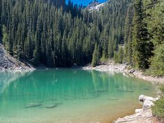 What's the deal with the Lake Agnes Tea House trail? Why should it be on your list of hikes to do in Banff National Park, Canada? Here's the scoop.