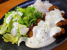 Jogurttikastike - Mukana Maku Falafel, Mashed Potatoes, Food And Drink, Chicken, Meat, Baking, Ethnic Recipes, Cakes, Whipped Potatoes