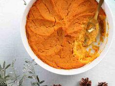 Bataatti-inkiväärilaatikko Vegan Recipes, Snack Recipes, Cooking Recipes, Vegetable Recipes, Mashed Potatoes, Side Dishes, Chips, Ice Cream, Fresh