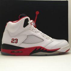 89078e3794e DS Nike Air Jordan 5 V Fire Red Black Tongue Size 11