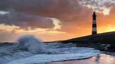 Storm aan de vuurtoren van Breskens   Zeeland (Breskens lighthouse)