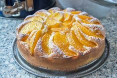 Peach cake Pfirsichkuchen Rezept You can make a fruity dessert with this simple recipe. The juicy peach cake is a hit at birthday parties. Yellow Cake Recipe Easy, Peach Cake Recipes, Fall Dessert Recipes, Fall Recipes, Healthy Muffins, Food Cakes, Easy Meals, Food And Drink, Sweet