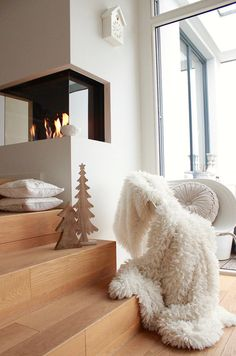 Weißer Advent :relaxed: | SoLebIch.de Foto: Mitglied raumatmosphäre #solebich #einrichtung #wohnzimmer #livingroom #interior #dekoration #decoration #weihnachtsdeko #christmasdecoration
