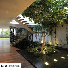 #Repost @d.signers with @repostapp ・・・ Follow us @d.signers_in for more beautiful interiors! / Casa Veintiuno in #Mexico design by Hernández Silva Arquitectos / Photo by Carlos Díaz Corona #d_signers
