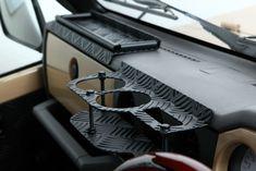 Inside Car, Suzuki Jimny, Land Rover Discovery, Old Cars, Custom Cars, Dream Cars, Samurai, Track, Camping