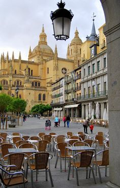Plaza Mayor y Catedral de Segovia Spain