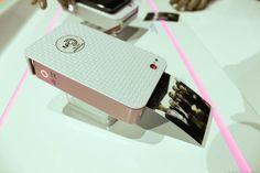 LG Pocket Photo (Silver) Preview - CNET
