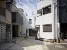jpn-arch:  ミンナノイエ / MINNA NO IE // MAMM Design {ph cr. DAICI ANO}