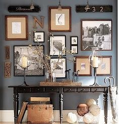 Wall gallery Black and White picture. The post Denim Drift Wall color. Wall gallery Black and White picture…. appeared first on Erre Desi . Sweet Home, Home And Deco, Blue Walls, Color Walls, Dark Gray Walls, Blue Painted Walls, Striped Walls, Brown Walls, Painted Wood