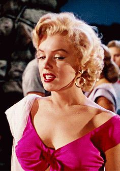 Beautiful Marilyn! Reminds me Ginger from Gilligan's Island with this expression.
