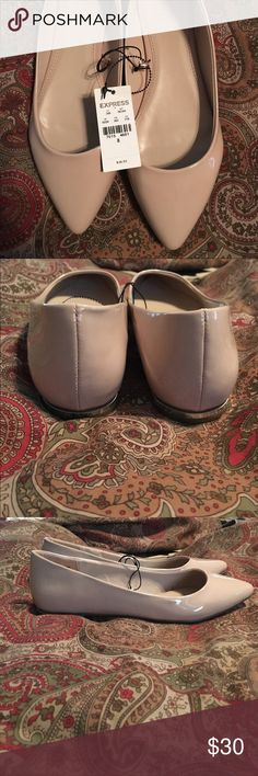 Nude flats New with tags! Size 8 Express Shoes Flats & Loafers