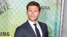 GTY_scott_eastwood_as_160825_16x9_992.jpg (992×558)