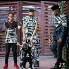 The family is indeed everything and each moment you spend with your spouse, children, siblings and parents are worth preserving. As humans. Couples African Outfits, African Dresses For Kids, Latest African Fashion Dresses, African Print Dresses, Couple Outfits, Family Outfits, African Print Fashion, Africa Fashion, African Attire