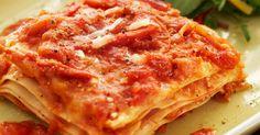 Crockpot Lasagna - skip boiling the noodles minute prep time) Slow Cooker Lasagna, Crock Pot Slow Cooker, Crock Pot Cooking, Slow Cooker Recipes, Crockpot Recipes, Cooking Recipes, Good Food, Yummy Food, Just In Case