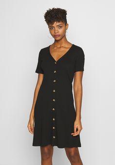 Vila VICONIA DRESS - Jerseykjole - black - Zalando.no Summer Looks, Shirt Dress, T Shirt, Dresser, Casual, Black, Fashion, Supreme T Shirt, Moda