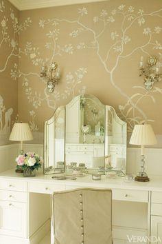Interior Design by Suzanne Kasler.
