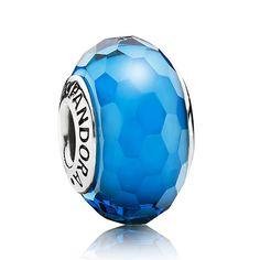 'Fascinating Aqua' Pandora Charm