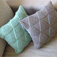 Поиск новостей по запросу kniting