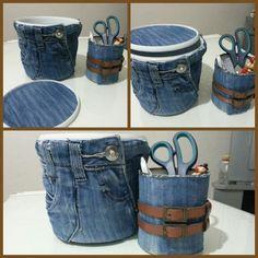 Denim Handbags, Denim Tote Bags, Jean Crafts, Denim Crafts, Diy Jeans, Refaçonner Jean, Colchas Quilt, Sewing Room Storage, Denim Ideas