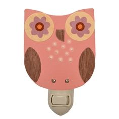 Know a little night owl who needs a guiding light?  These cute wooden night light covers are great in owl themed nurseries & bedrooms.