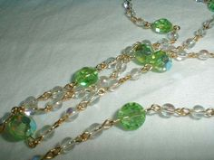 lime green crystal aurora borealis iridescent glass bead necklace - Quality Vintage Jewelry
