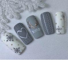 48 Amazing Nail Art Designs For Christmas - Gel Nails Xmas Nail Art, Christmas Gel Nails, Christmas Nail Art Designs, Winter Nail Art, Holiday Nails, Winter Nail Designs, Love Nails, How To Do Nails, Fun Nails