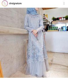 Dress Brukat, Hijab Dress Party, Hijab Style Dress, Modest Fashion Hijab, Batik Dress, Abaya Fashion, Muslim Fashion, Women's Fashion Dresses, The Dress