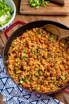 One Pot Taco Beef Rice Skillet - delicious spicy cheesy taco beef, all cooked in one pan with rice and vegetables and on the table in 30 minutes for a perfect family meal. Gluten-free, vegetarian, slimming world and weight watchers friendly Beef Recipes, Cooking Recipes, Healthy Recipes, Healthy Meals, Vegan Meals, Mexican Recipes, Rice Recipes, Healthy Food, One Pot Rice Meals