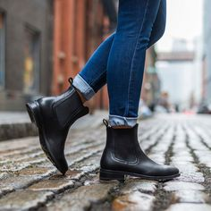 Women's Black Duchess Chelsea Boot - Thursday Boot Company Source by boots outfit Black Chelsea Boots Outfit, Black Leather Boots, Leather Booties, Black Shoes, Black Chelsea Boots Women, Black Booties Outfit, Soft Leather, Black Sneakers, Moda Masculina