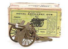BRITAINS   Royal Artillery gun