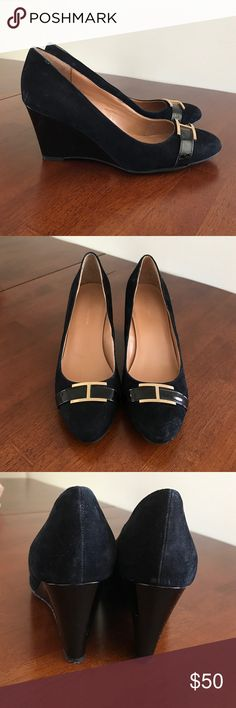 Black Tommy Hilfiger suede wedges w/ leather heel. Adorable black Twreda Tommy Hilfiger wedges with gold detailing. Like new! Ralph Lauren Shoes Wedges